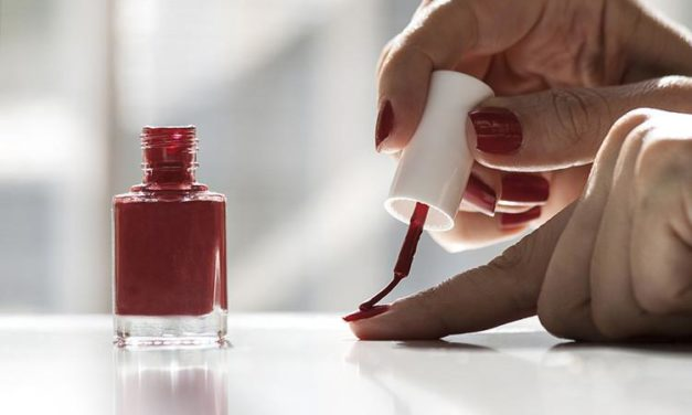 Poisonous chemicals in nail gloss– what you need to have to understand